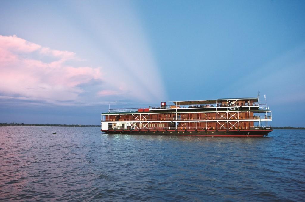 UniWorld Mekong