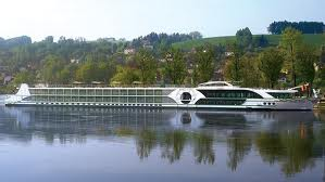 river boat Tauck A