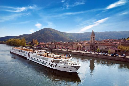 River Cruise Rhone   rhone_river4