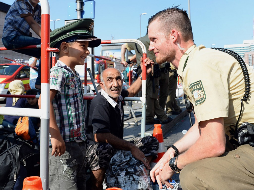 refugees-germany-volunteers-donations