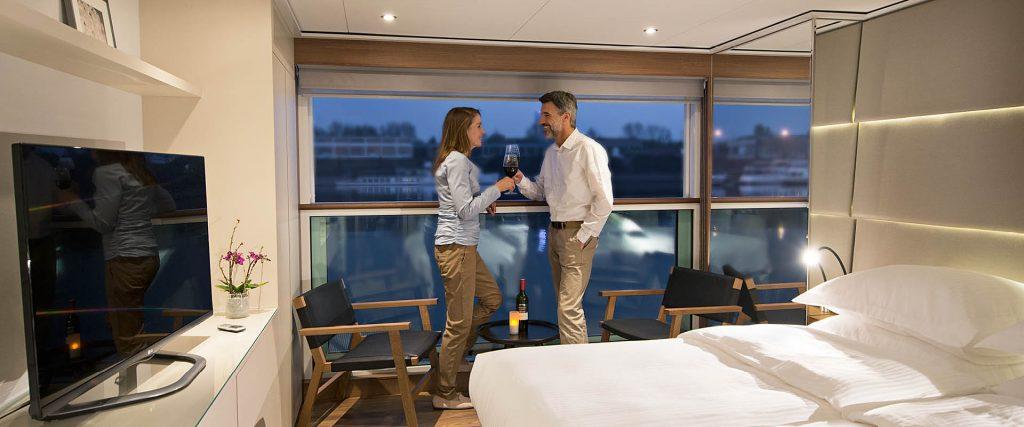 BR   Emerlad Waterways  Couple_Balcony