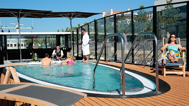 RB AMA SWimming Pool Service